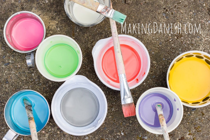homemade cornstarch food colour chalk paint