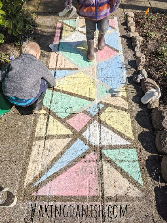 sidewalk chalk painters tape creative idea